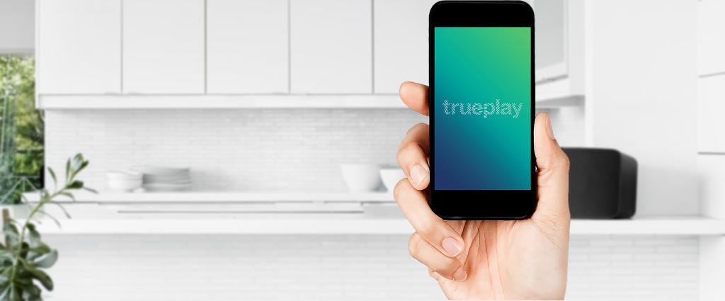 Trueplay misst auch ältere PLAY:1, PLAY:3 und PLAY:5 mit einem iOS-Device auf den Raum ein