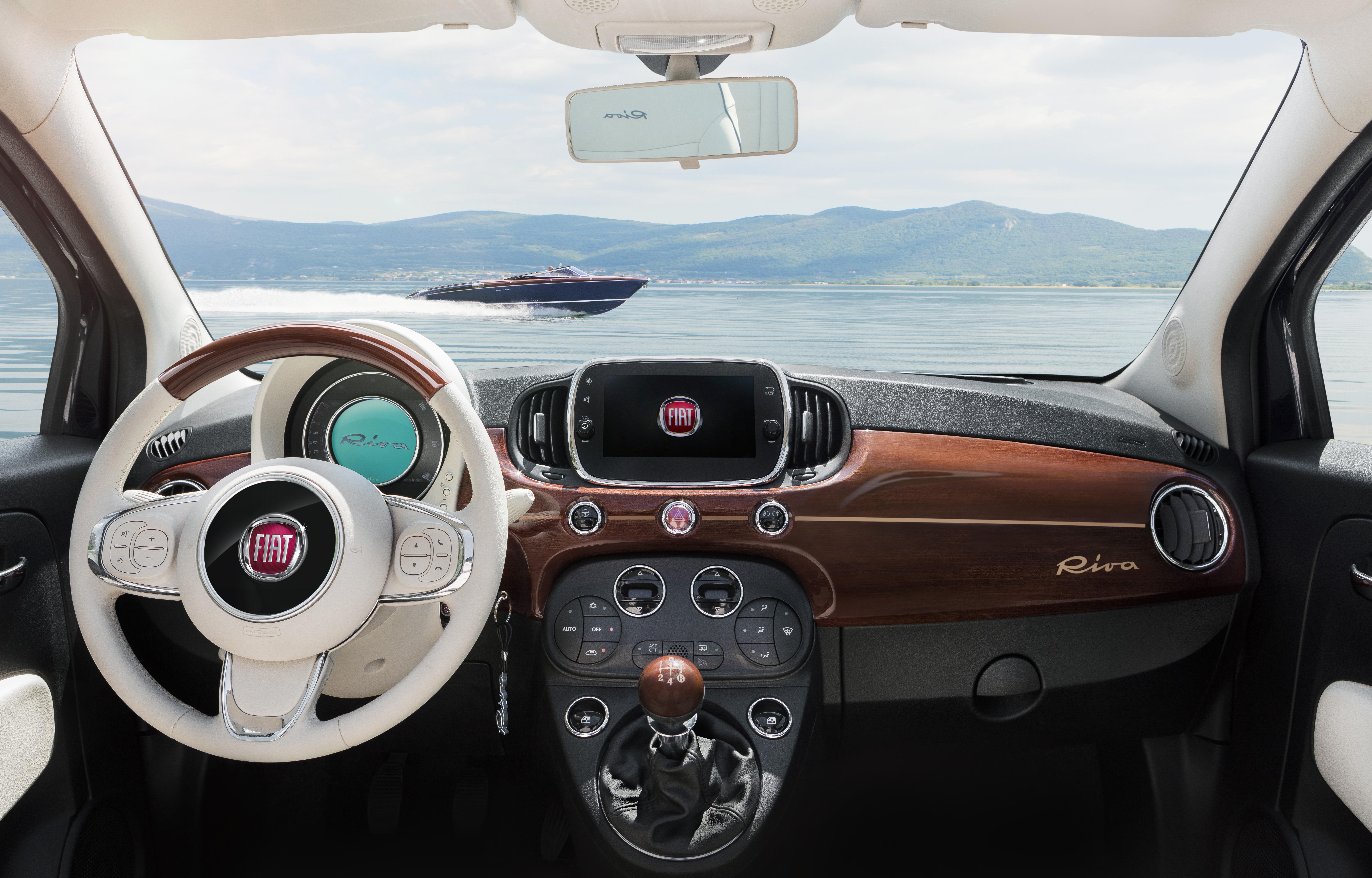 Fiat 500 Riva - Mahagoni und Ahornholz als Reminiszenz an die Kultboote