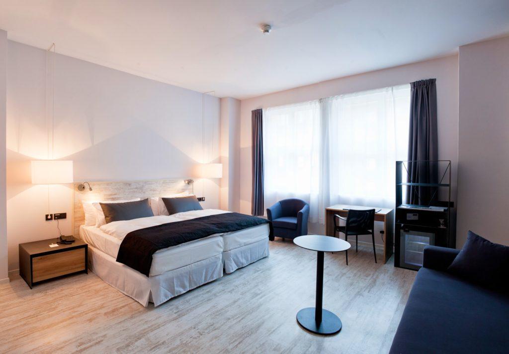 Angenehm reduziert: Die Zimmer des Hotel Catalonia Berlin Mitte