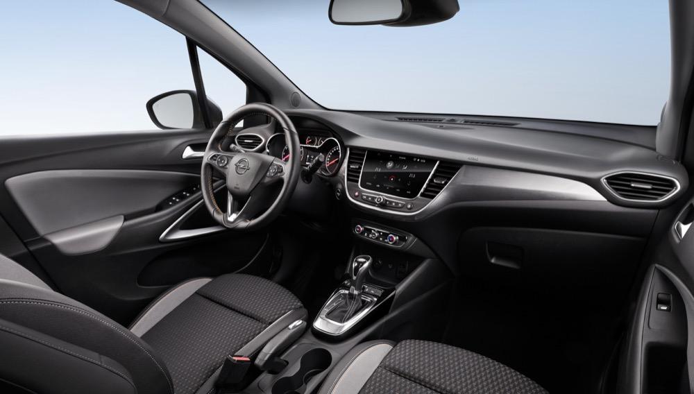 Unaufgeregt, übersichtlich und mit viel hilfreicher Elektronik: Das Interieur des Opel Crossland X