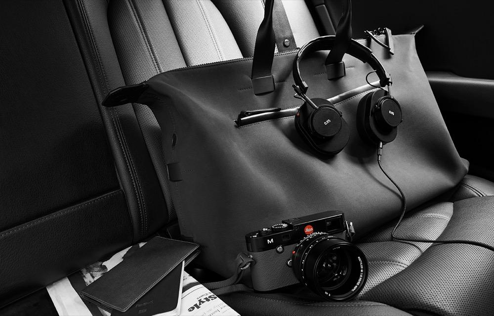 Stilelemente der legendären Kameras finden sich auch bei den Kopfhörern der Serie 0.95