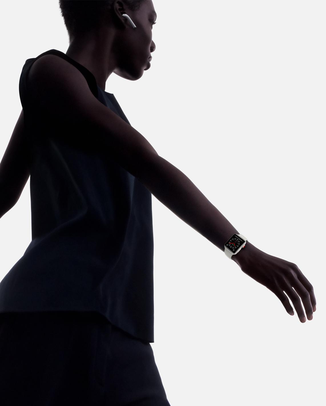 Herrin der Ringe: Unerbittlich protokolliert die Apple Watch das tägliche Bewegungspensum